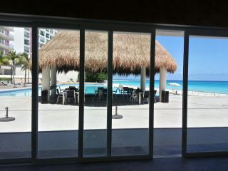 Exclusive apartment frontbeach in Cancún - Cancun vacation rentals