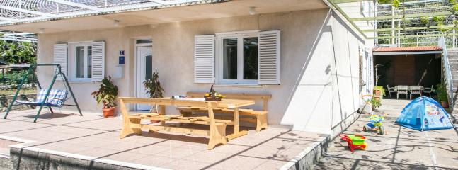 Ground floor flat for up to 8 persons close to Dubrovnik - Holiday flat for up to 8 near Dubrovnik - Brsecine - rentals