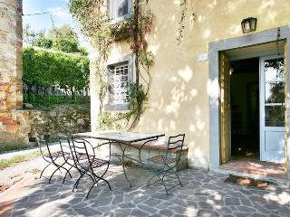 Charming house over Lucca hills, breathtaking view - San Quirico di Moriano vacation rentals