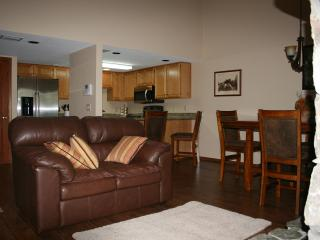 2 Bedroom Mountainside Retreat - Northern Arizona and Canyon Country vacation rentals