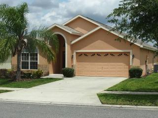 Pool Home Close to Parks -5 BR/4 Baths - Sleeps 12 - Clermont vacation rentals