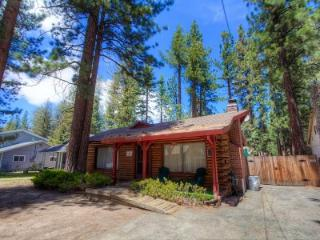 The original log cabin- 10min to beach, sleeps 10 - CYH1001 - Lake Tahoe vacation rentals