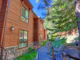Ideal Condo with 3 BR & 3 BA in Incline Village (IVC0815) - Incline Village vacation rentals