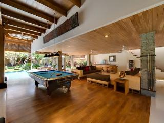 this property is no long er available - Seminyak vacation rentals
