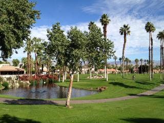 Palm Valley Country Club Condo-Remodeled - Palm Desert vacation rentals