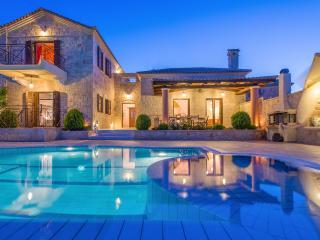 Emerald Deluxe Villa - Askos vacation rentals