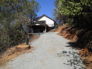 Amber's Amador Hideaway - Ione vacation rentals