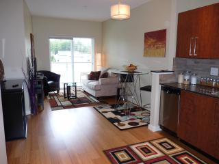Upscale condo close to RRU, Beach & Golf - Victoria vacation rentals
