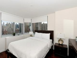 Contemporary Murray Hill Apartment S21B with Stunning Views of the East River ~ RA45145 - Manhattan vacation rentals
