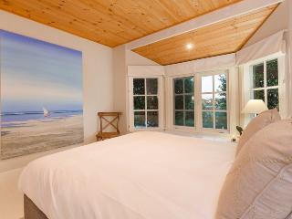 White House@Sorrento - Elegant Beach Retreat - Sorrento vacation rentals