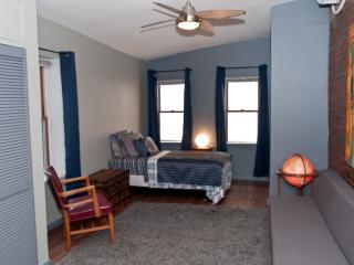 Spacious Apartment with Separate Den - Greater Philadelphia Area vacation rentals