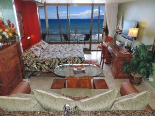 Aug/Sep $149 Mahana Luxury Oceanfront King Studio - Lahaina vacation rentals