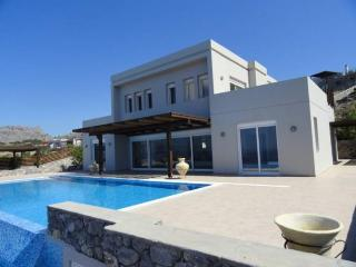 6 bedroom Villa in Rhodes - Gennadi vacation rentals