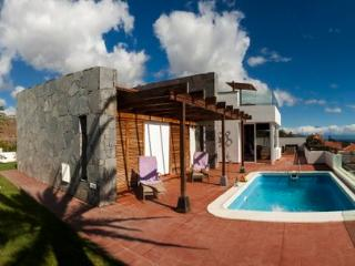 Panoramic ocean views, sunny all year - Hermigua vacation rentals