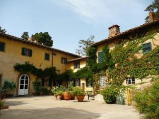 Castello Sonnino - Winemaker apartment - Montespertoli vacation rentals