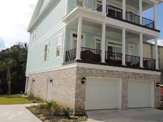 Luxury at its finest!- 5 bedroom Shuffleboard Court House Myrtle Beach SC - Myrtle Beach vacation rentals
