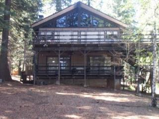 Country Club Lake View Home Near Recreation Area 1 - Shasta Cascade vacation rentals