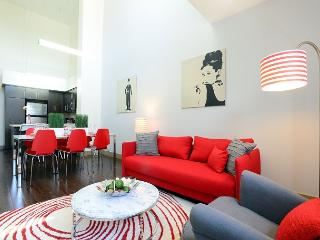 Penthouse Suite located in the heart of Hollywood! - Hollywood vacation rentals