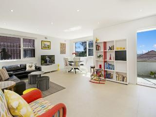 CLOVELLY Beach Street 21 - Rose Bay vacation rentals