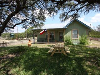 Cottage at Twin Oaks - Fredericksburg vacation rentals