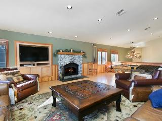 Snowcreek V 820 - Luxury Mammoth Townhome - Mammoth Lakes vacation rentals