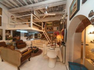 Exclusive 2 Bedroom Apartment in Heart of Florence - Malmantile vacation rentals