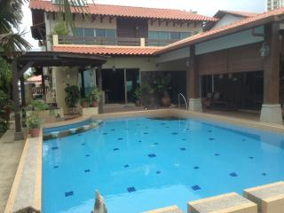 Luxury Beachfront Villa - Klebang Kechil vacation rentals