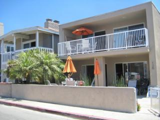 Ocean View! 30 Seconds to Beach/Bikes/Garage/Wifi - Newport Beach vacation rentals