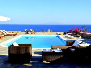 Seafront Villa with private pool in Antiparos - Antiparos vacation rentals