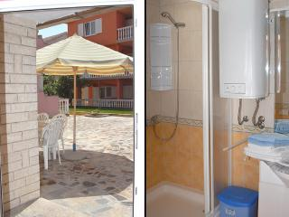 Besty A6 - Comfortable apartment for 6 (4+2) with air conditioning 20 meters from the sea. - Island Pag vacation rentals