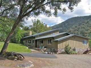 Exclusive, Private, Luxurious 4 Bdrm near Sequoia - Springville vacation rentals