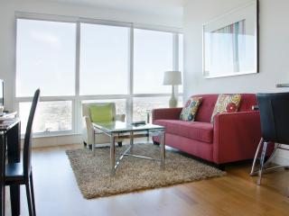 Lux waterfront 1BR w/pool & WiFi - Jersey City vacation rentals