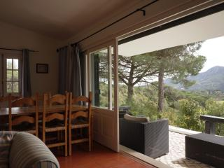 Feels Like Home Madame´s Place - Azeitao vacation rentals