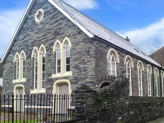 CAPEL JERUSALEM stunning chapel conversion, en-suite facilities, projector screen, baby grand piano in Abergynolwyn Ref 918082 - Snowdonia National Park Area vacation rentals