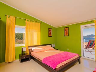 4 stars apartment Bigova - Krasici vacation rentals