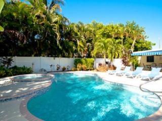 Pool - Au Soleil - 717 Jacaranda Rd - Anna Maria Island - rentals