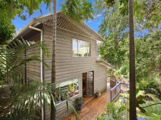 Relax with the Lorikeets - 13 Harcourt Place - The Entrance vacation rentals