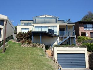 Absolutely Avoca - 114a Avoca Drive - The Entrance vacation rentals