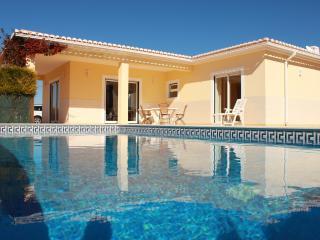 Vila Atlantico, 3 bedroom - private pool & BBQ. - Lagos vacation rentals