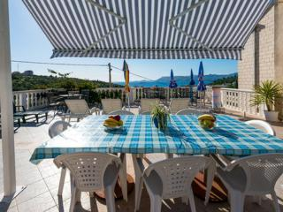 Villa Arka -  Standard One-Bedroom Apartment with Sea View (3 Adults) - Cavtat vacation rentals