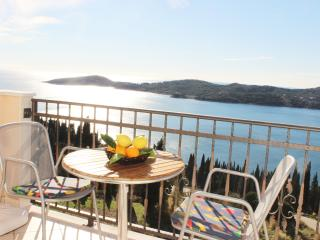 Apartment Bralovic - One-Bedroom Apartment with Balcony and Sea View - Orasac vacation rentals
