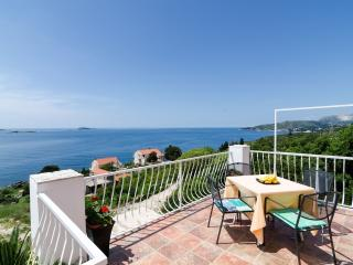 Apartmetns Sandito-One-Bedroom Apartment with Balcony and Sea View - Mlini vacation rentals