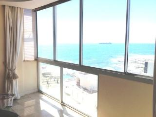 Sea Cliff Apartment Bantry Bay - Cape Town vacation rentals