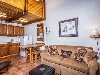 Elegant Brian Head condo, pet-friendly w/shared pool! - Brian Head vacation rentals