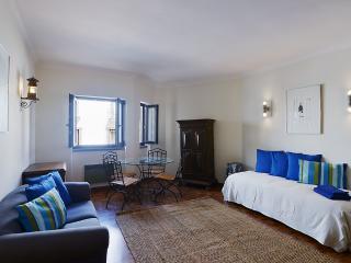Feels Like Home Studio Cascais - Cascais vacation rentals
