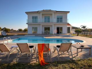 ANKK8 Villa San Antonio - Famagusta District vacation rentals