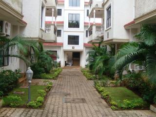 Fully Furnished- 3 Room Apartment in Magpie, Calangute - Calangute vacation rentals