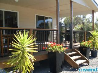 Unwind @ Lazy Days Cottage Bed & Breakfast - McLaren Vale vacation rentals