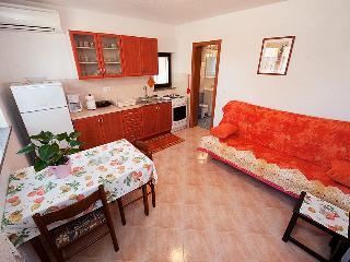 Appartamento Bruni 2+2 - Rovinj vacation rentals