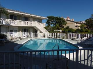 Great Location_100 Yards To The Beach - Myrtle Beach vacation rentals